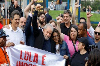 Eski Brezilya Devlet Başkanı Lula tahliye edildi: Bir fikri öldürmeye çalıştılar ancak fikirler öldürülemez