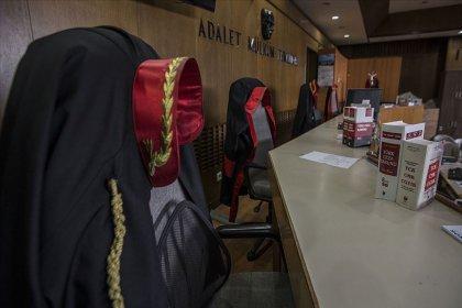 Eski Yargıtay üyesine FETÖ'den hapis cezası