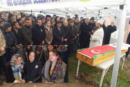 Evinin önünde uğradığı bıçaklı saldırı sonucu hayatını kaybeden Ceren Özdemir son yolculuğuna uğurlandı