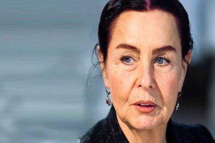 Fatma Girik figüran olarak adım attığı Yeşilçam kariyerine yaklaşık 200 film sığdırdı
