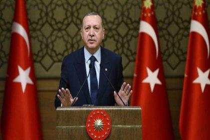 """Financial Times'tan Erdoğan yorumu: """"Gidişini hızlandırıyor"""""""