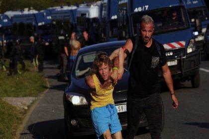 Fransa'da G7 Zirvesi protestosu: 17 gözaltı, 4 yaralı