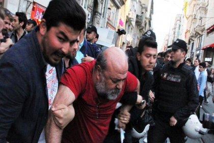 Gözaltına alınan İhsan Eliaçık ve 7 kişi serbest bırakıldı