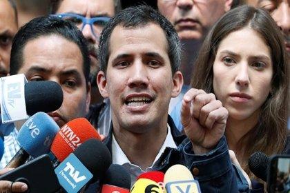 Guaido, taraftarlarını 12 Şubat'ta sokağa çağırdı
