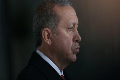 Guardian: Otoriter liderler yenilmez değildir. Erdoğan için kötü olan seçim sonuçları demokrasi için iyi