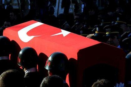 Hakkari'den acı haber: 2 asker şehit oldu