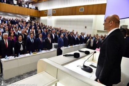 'Halk Taşıt' projesi belediye meclisinde kabul edildi, İzmir'de toplu ulaşımda indirimli dönem başlıyor