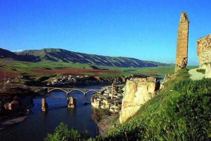 Hasankeyf için kampanya: 50 yıl sürecek bir baraj için 10 bin yıllık bir tarih yok edilebilir mi?