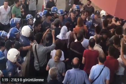 HDP Diyarbakır il başkanlığı önünde milletvekillerinin de aralarında bulunan gruba müdahale