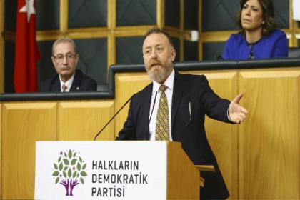 HDP'li Temelli: Dışişleri Bakanı 'Aç kalmaya razıyız' diyor, saray telefonda Trump'a yalvarıyor