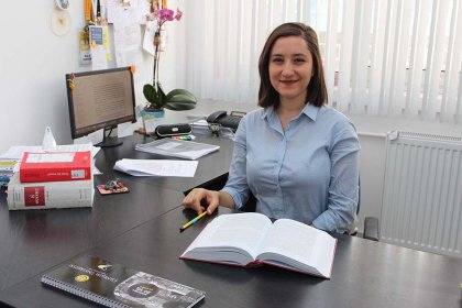 Hukuk fakültesinde araştırma görevlisi Ceren Damar, kopya çekerken yakaladığı öğrencisi tarafından öldürüldü!
