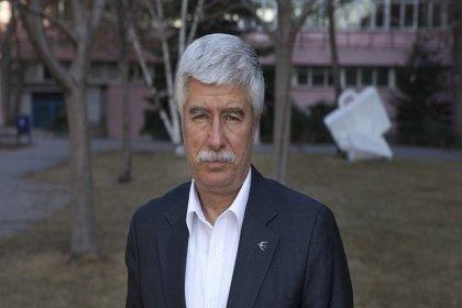 Hürriyet'in eski ombudsmanı Faruk Bildirici: 70 yıllık Hürriyet gazetesinin güvenilirliğini yıktılar geçtiler