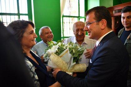 İBB Başkanı Ekrem İmamoğlu, Karacaahmet ve Garip Dede cemevlerini ziyaret etti