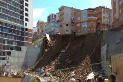 İstanbul Kağıthane'de 4 katlı bir bina çöktü: Çevredeki 10 bina tahliye edildi