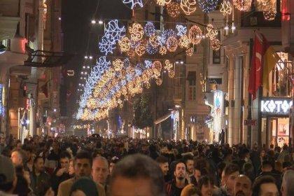 İstanbul'da yeni yıl kutlamaları için hazırlıklar başladı
