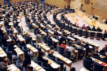 İsveç'te milletvekilleri küçük bir dairede kalıyor, sekreter ve danışman çalıştıramıyor