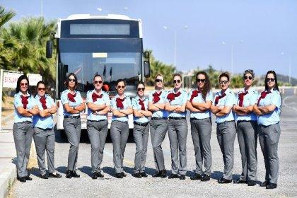 İzmir'de toplu ulaşımda 17 kadın şoför iş başı yaptı: 'Bu işin kadını erkeği yok'