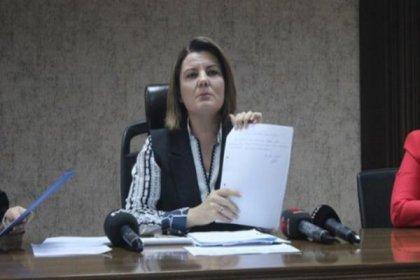 İzmit Belediye Başkanı Fatma Kaplan Hürriyet önceki yönetime tepki gösterdi: TÜGVA'nın terliklerini, Ensar Vakfı'nın çilingirini belediye ödemiş