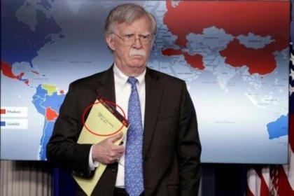 John Bolton'un tartışma yaratan notu: '5 bin asker Kolombiya'ya'