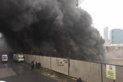 Kadıköy'de inşaat halindeki binada yangın