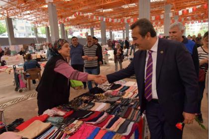 Çukurova'da 3. Kadın Ürünleri Pazarı açıldı: 'Kadınlarımıza destek olmaya devam edeceğiz'