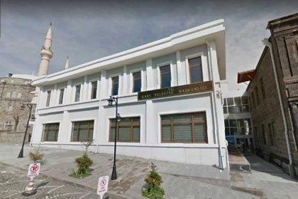 Kars Belediyesi'nde ücretlerini alamayan işçiler iş bıraktı