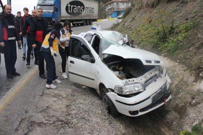 Kastamonu'da otomobil ile TIR çarpıştı: 3 ölü, 2 yaralı