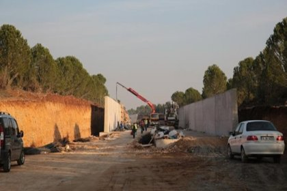 Kemalpaşa halkı, 'Lojistik köyü' için ikna olmadı
