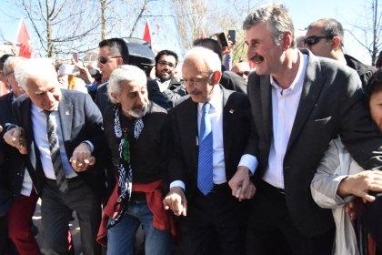 Kılıçdaroğlu, Muammer Keskin ve Alper Taş'la horon oynadı