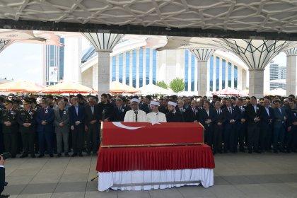 Kılıçdaroğlu Azez'de şehit olan Piyade Yüzbaşı Celaleddin Özdemir'in cenaze törenine katıldı
