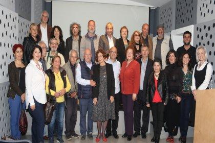Kültürlerin İstanbul buluşması: 'Şiiri ve edebiyatı sevenler, kelimenin tam ortasında buluşurlar. Sözcükler fısıldadığında kötü olan her şey susar'