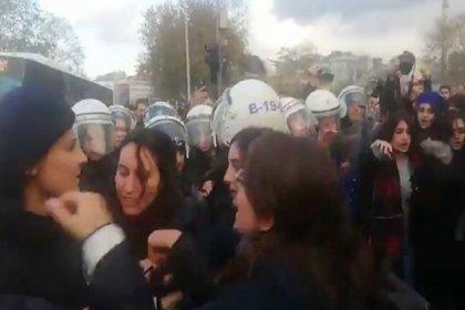 'Las Tesis Türkiye' için toplanan kadınlara polis müdahalesi