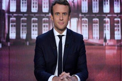 Macron, Sarı Yelekler protestolarına son vermeye yönelik 'ilk somut önlemleri' açıklayacak