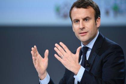 Macron: Sarı Yelekli olmak demek daha fazla ücret talep etmekse ben de Sarı Yelekliyim