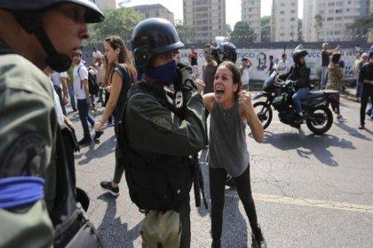 Maduro: Ülkemize korku getirmek isteyenlerden kurtulduk