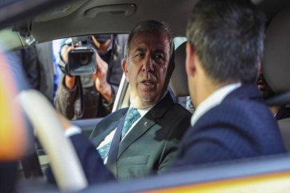 Mansur Yavaş 'Akıllı Taksi'nin prototipini tanıttı