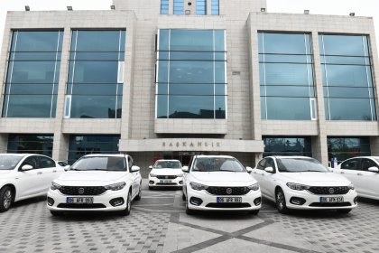 Mansur Yavaş belediyedeki makam araçlarının listesini yayınladı