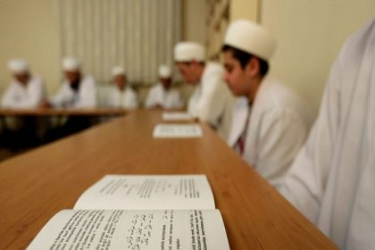 'Merdiven altı' din eğitimi veren medreseler yasal statü peşinde