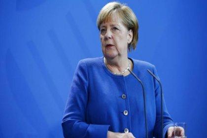 Merkel: Türkiye'ye 'operasyonu bitirin' dedim