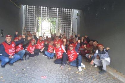Metal işçileri hakları için 3 yerde eylemde