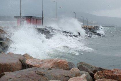Meteoroloji ve AKOM'dan İstanbul için fırtına uyarısı