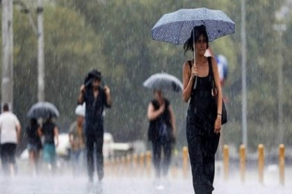 Meteoroloji yağmur için saat verdi