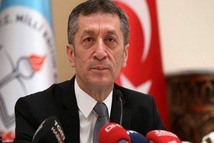Milli Eğitim Bakanı Ziya Selçuk'tan 'eğitimin tarikatlara devredildiği' eleştirilerine yanıt yok