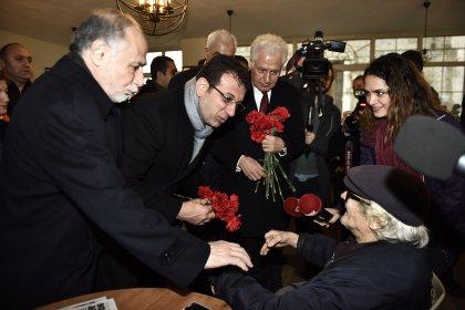 Muammer Keskin ve Ekrem İmamoğlu'ndan Darülaceze'ye ziyaret