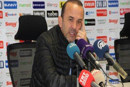 'Önemli bir maç kaybettik ama lig bitmedi' diyen Erzurumspor Teknik Direktörü Özdilek'i muhabir düzeltti: Kaybetmediniz, kazandınız