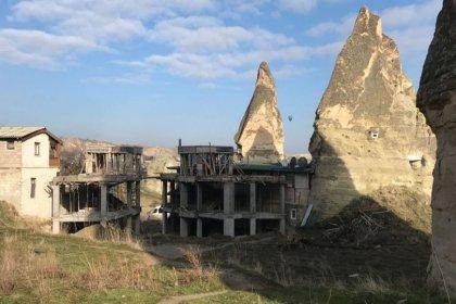Peribacalarının yanındaki otel yıkılıyor
