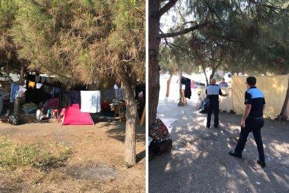 Sahildeki Suriyelilere ait çadırları, at ve develeri toplayan Mudanya Belediyesi'ne ırkçılık suçlaması!