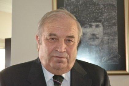 Şahin Mengü: Hukukçu hata yaptığı zaman toplumu uçuruma sürükler