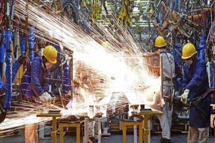 Sanayi üretimi 12 aydır daralıyor!