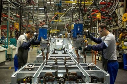 Sanayi üretimi yüzde 9.8 azaldı